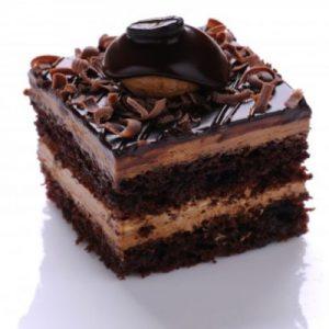 طرز-تهیه-شیرینی-تر-شکلاتی-آسان-و-فوری-۲-۶۰۰