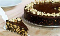کیک بیسکویتی خامه ای