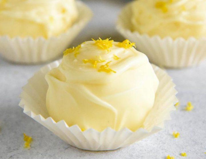 ترافل لیمویی با شکلات سفید